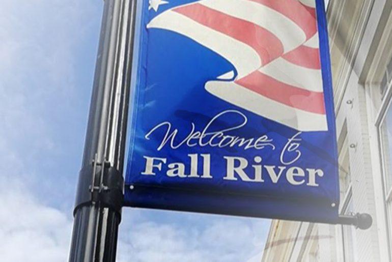 Autour Du Roman - Fall River